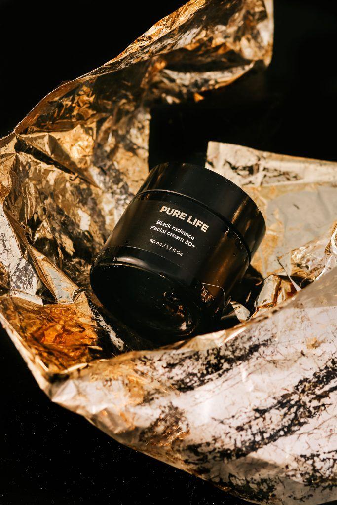 Black Radiance Facial Cream, de Pure Life